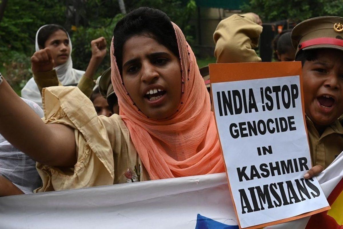 Islamic body urges world to stop genocide in Kashmir (Islamitische instantie dringt er bij de wereld op aan om de genocide in Kashmir te stoppen)